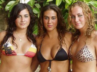 Sapphic Erotica Pool Lesbians