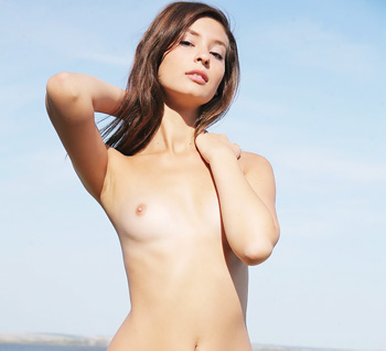 Femjoy  beach beauty