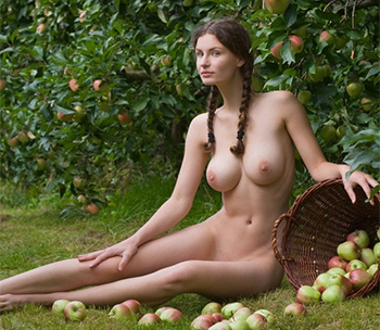 Femjoy susann apples